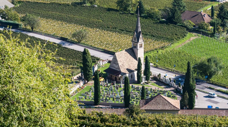 St. Valentin Kirche - Friedhof