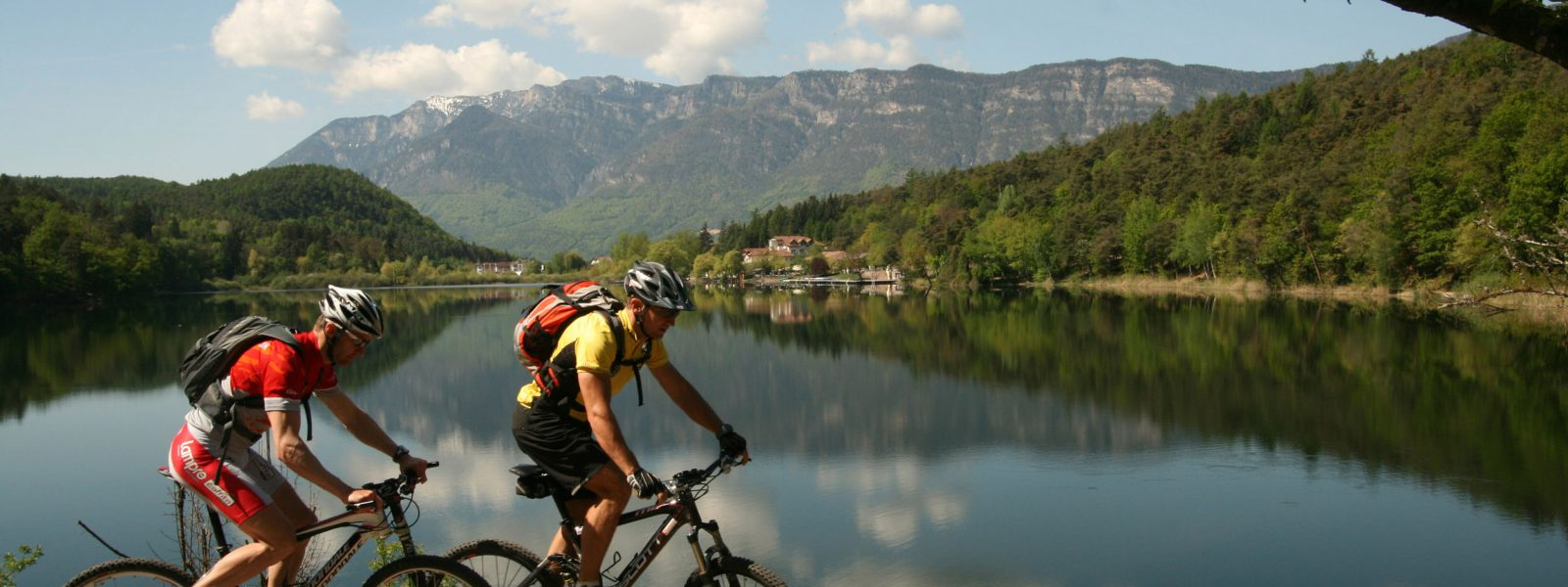In Südtirols Süden bieten sich von Ostern bis Anfang November für jeden Fitnesslevel perfekte Bike-Bedingungen.